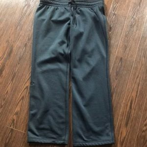 Under armour size large sweatpants